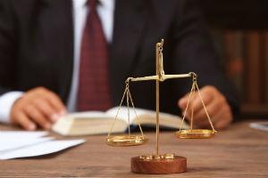 Как подать в суд на МФО