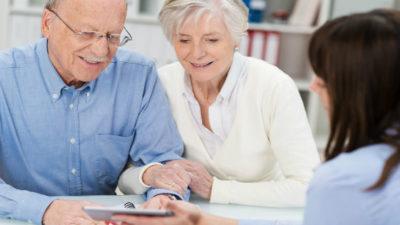 Может ли пенсионер выступать поручителем по ипотеке