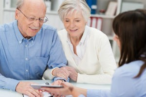 Может ли пенсионер быть поручителем по ипотеке
