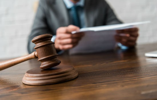 Процедура описи и ареста имущества приставами по закону какие права и обязанности у должника