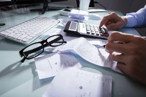 Как ИП снять деньги с расчетного счета на личные нужды